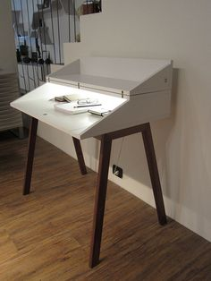 Small Modern Desk bureau | pc desks, bureau desk and bureaus