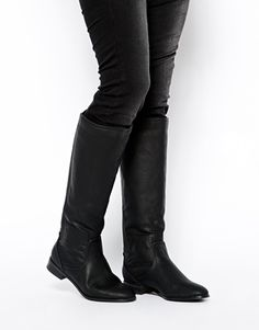Winter Shoes Trends: Warm Knee-High Boots on Flats Friday: Glamour.com