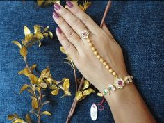 Gold Rings Jewelry, Jewelry Design Earrings, Indian Wedding Jewelry, Hand Jewelry, Gold Jewellery Design, Indian Jewelry, Gold Bracelets, Indian Bridal, Pearl Jewelry