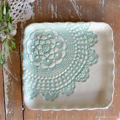 Kim Walllace (http://udessi.com.au/handmade-ceramics/platters-servingware/elodie-pattern-square-scalloped-platter-sage-green/)