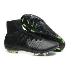 new products c5ed9 f666e Comprenant un design radical qui utilise la technologie Flyknit, Nike  révolutionne la vitesse avec cette