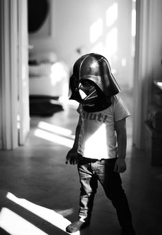 naures / Kid / I am your father / star Wars / darth vador / dark vador / photography / Noir et blanc / Black and White