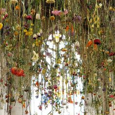 massive gardens hanging from the ceiling... sigh. installation artist @rebeccalouiselaw is on the #podcast today. we're talking about trading painting for installation, math, sushi pizza, and a self-created masters in floristry! pop over to the site to look/listen, link in profile  #installationart #flowers