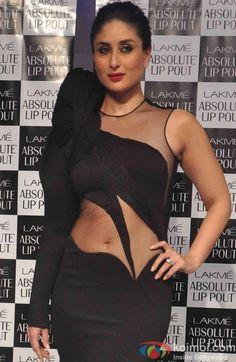 Kareena Kapoor Hot Navel Photos At Lakme Absolute Lip Pout Bollywood Actress Hot Photos, Indian Actress Hot Pics, Indian Bollywood Actress, Bollywood Girls, Beautiful Bollywood Actress, Most Beautiful Indian Actress, Bollywood Celebrities, Bollywood Fashion, Bollywood Stars