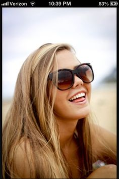 dark blonde hair color, for the fall. My Hairstyle, Pretty Hairstyles, Honey Blond, Dark Blonde Hair, Darker Blonde, Sandy Blonde, Blonde Color, Fall Blonde, Blonde Shades