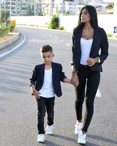 6494c51d9ef Cute Mother Son Outfit Ideas 6