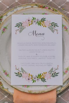 boho chic wedding menu idea #calligrarphy #weddingpaper #flowerpower