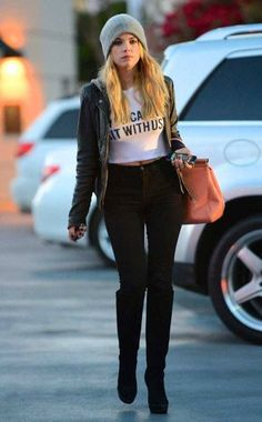 Fashion Inspiration On Pinterest Hilary Duff Style Yellow Jeans And Hilary Duff