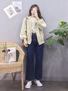 Gorgeous Clothes for korean street fashion 992 Source by fashion idea Korean Outfit Street Styles, Korean Street Fashion, Korea Fashion, Vogue Fashion, Korean Outfits, Asian Fashion, Korean Style, Girls Fashion Clothes, Winter Fashion Outfits