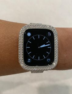 Candy Watch, Apple Watch Bands Fashion, Iphone Watch, Silver Apples, Apple Watch Accessories, Lab Diamonds, Watch Case, Gold Bands, Fashion Watches