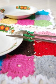 I ♥ these placemats made by Studio Soil.