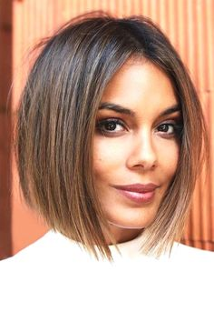sport, Women's Middle Part Straight Short Bob Hairstyles Natural Looki. sport, Women's Middle Part Straight Short Bob Hairstyles Natural Looking Synthetic Hair Capless Wigs Choppy Bob Hairstyles, Easy Hairstyles, Blunt Bob Haircuts, Womens Bob Hairstyles, Oval Face Hairstyles Short, Inverted Bob Haircuts, Stylish Hairstyles, Pixie Haircuts, Bob Hairstyles For Fine Hair With Fringe
