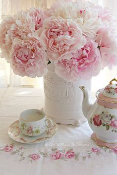 teatime.quenalbertini: Peonies for tea time | Aiken House & Gardens