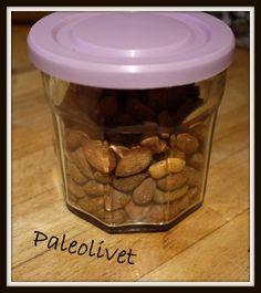 Paleolivet: Skønne ristede mandler på den nemme måde