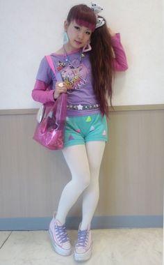 Jem! ♥ Fairy Kei, Pop Kei, Magical Girl, Pastel Fashion ♥ http://spacess.tumblr.com/post/64825936061