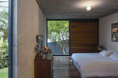 A Home Of Concrete And Steel By Metro Arquitetos Associados