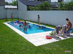 Piscinas peque as para jardines peque os piscinas for Patio chico con pileta