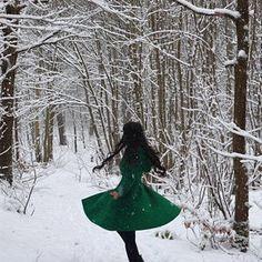 Women's Winter Single breasted wool Coat red swing hooded | Etsy Hooded Wool Coat, Red Wool Coat, Long Wool Coat, Ladies Hooded Coats, Cool Coats, Single Breasted, Double Breasted, Linen Tunic, Retro Color