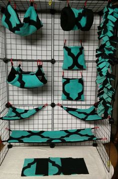 Check out this item in my Etsy shop https://www.etsy.com/listing/506514741/beveled-turquoise-13-piece-sugar-glider