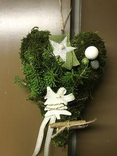 Julhjärta i mossa av @lindadekorerar