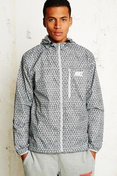 Nike Triangle Winger Windbreaker Jacket in Grey in Gray for Men (CHARCOAL) | Lyst