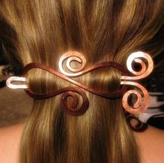 Items similar to Stone-Smooth Copper Lemniscate Barrette on Etsy Copper Hair, Copper Jewelry, Hair Jewelry, Beaded Jewelry, Jewellery, Wire Crafts, Jewelry Crafts, Do It Yourself Jewelry, Bijoux Diy