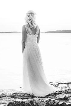 Real wedding in Finland. Light lace dress made by Pukuni (www.pukuni.fi). Photography / Iiro Rautiainen