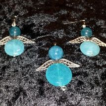 My army of angels: Pendant and earrings with Angelite stones