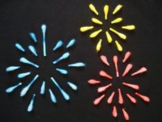 From All for the Boys: A collection of Fourth of July crafts, including this fireworks craft using Q-tips and water tinted with food coloring. July Crafts, Summer Crafts, Holiday Crafts, Patriotic Crafts, Holiday Fun, Preschool Crafts, Crafts For Kids, Arts And Crafts, Projects For Kids