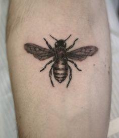 691c4b9742f45 Fantastic Bee Tattoo Design Cool Tattoos, Tattoo Pics, Tattoo Images,  Unique Tattoos,