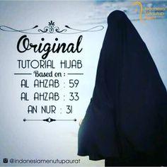 Wahai Saudariku pakailah hijab syari dan istiqamahlah dengan hijab itu niscaya engkau akan terjaga dari fitnah. Dengan berhijab maka pahala untukmu akan mengalir sepanjang hari tetapi jika engkau tidak berhijab di depan non-mahram maka aliran dosalah yang akan engkau dapatkan. Sungguh lebih baik merasa kepanasan di dunia karena berhijab dari pada kepanasan di neraka karena melepas hijab. . .  Jangan engkau pedulikan omongan jelek orang tentang hijab syarimu. Tidak usah kau turuti para…