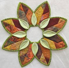 Hello Fall Banner Laser Cut Kit – Stina's Quilt and Sewing . Quilting Designs, Machine Embroidery Designs, Fall Crafts, Christmas Crafts, Sewing Crafts, Sewing Projects, Quilt In A Day, Fabric Wreath, Paper Wreaths