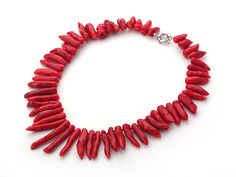Single Strand Hot Pepper Shape Red Coral Necklace with Moonlight Clasp: http://www.aypearl.com/wholesale-coral-jewelry/wholesale-jewellery-X2738.html