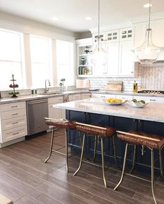 So much to love about this kitchen!! What is your favorite part? #uvparade #home3 by @raineyhomes