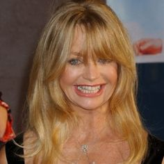 Goldie Hawn, 2009  The Ulitmate Blonde  See more hairstyles for Women over 45 http://stillblondeafteralltheseyears.com/category/hairstyles-for-women-over-45/   #Hairstyles #HairstylesWomenover45 #Womenover45