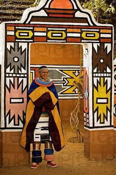 Married Ndebele woman in traditional dress. Ndebele village, Lesedi Cultural Village, near Johannesburg, South Africa © World Pictures Cultural Dance, Afrique Art, Out Of Africa, Thinking Day, World Photography, Africa Fashion, African Culture, African Design, People Of The World
