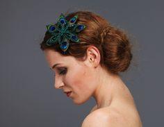 Headpieces & Fascinators - Fascinator Pfauenblüte Federnblüte Haarklammer - ein Designerstück von billies bei DaWanda