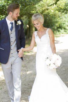 Modern Classic Grey White Chic Elegant Wedding http://www.chanelleknapp.com/