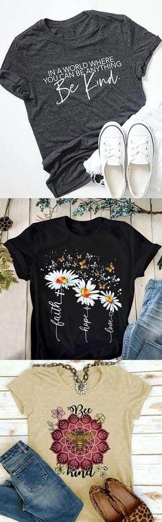 Shirt Print Design, Shirt Designs, Fashion Advice, Fashion Outfits, Fashion Clothes, Autumn T Shirts, Summer Outfits, Cute Outfits, T Shirts With Sayings
