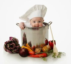 Cute Cooking Chef Laptop Sleeve by Arteresting Shop Anne Geddes, Photo Bb, Baby Shooting, Foto Baby, Diy Embroidery, Babysitting, Best Mom, Newborn Photos, Baby Pictures
