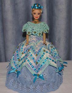 """""""Princesse des océans"""": Robe de Barbie bleue, blanche au crochet : Accessoires de maison par loisirs-creatifs-fanfan"""
