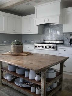 Reclaimed wood island table marble detail in classic white kitchen by plans flip or flop episode . best ideas for reclaimed wood kitchen island Kitchen Inspirations, Kitchen Cabinet Design, Kitchen Remodel, Kitchen Decor, Kitchen Decor Modern, New Kitchen, Kitchen Island Design, Home Kitchens, Diy Kitchen