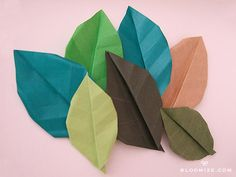 Origami leaves with or without veins @ bloomize.com