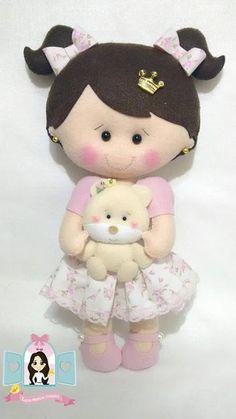 Molde Boneca com ursinho em feltro Baixar molde de boneca com ursinho para confecção de peças artesanais em feltro