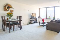 Magnificent Mile APT on 39th Floor! - vacation rental in Chicago, Illinois. View more: #ChicagoIllinoisVacationRentals