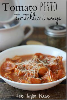 Tomato Tortellini Soup, slow cooker soup recipes, slow cooker tomato tortellini soup
