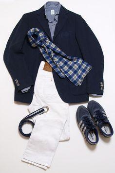 BOGLIOLIのリネンのK.jacket。色はブルー。