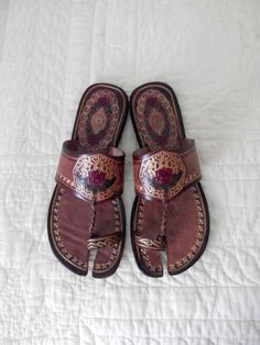 Vintage Hand Tooled Leather Sandals / Painted by rileybella123