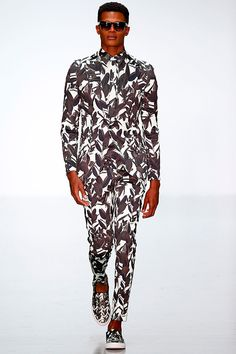 London collections MENSWEAR ASauvage S/S15. Trends spotting: Not only patterned shirt but patterned everything.