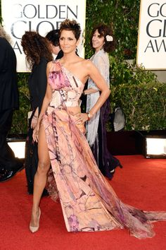 Halle Berry's dress at the Golden Globes.